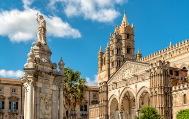 Photo sur Aluminium Palerme View of Palermo Cathedral with Santa Rosalia statue, Sicily, southern Italy