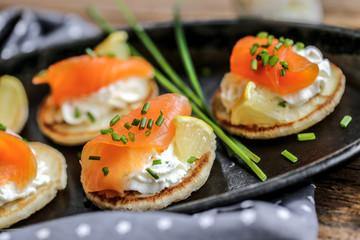 Garden Poster Appetizer blinis saumon fumés et crème ciboulette