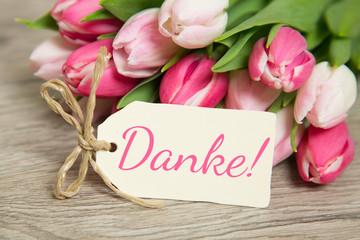 Tulpen und Herz: Danke!