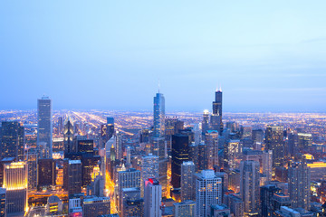 Elevated view of downtown Chicago, Illinois