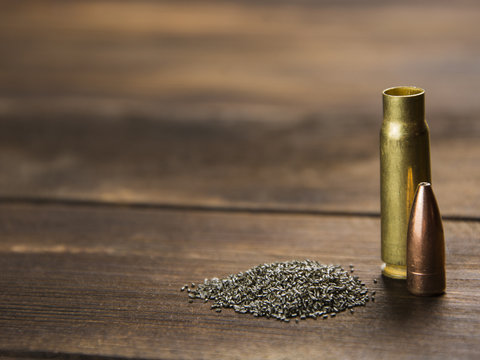 reloading cartridges for rifled weapons
