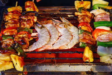 Grilled shrimp on the hot flaming