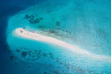 Poster Zanzibar Aerial view of beautiful sand tropical island with white sand beach and tourists, Zanzibar