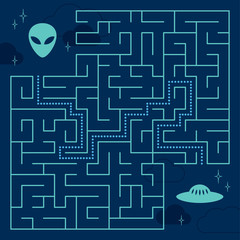 Labyrinth maze game with solution. Help alien to find path to UFO