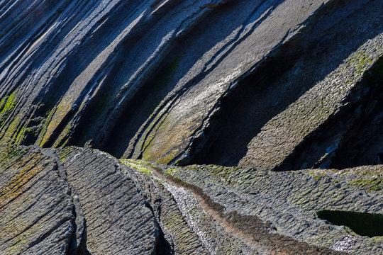 Textura de acantilados en la Ruta del Flisch
