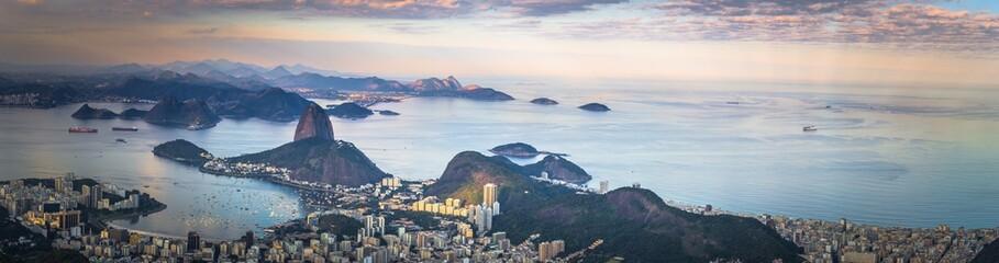 Photo sur Plexiglas Rio de Janeiro Rio de Janeiro - June 20, 2017: Panorama of Rio de Janeiro seen from Corcovado mountain in Rio de Janeiro, Brazil