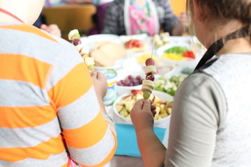 children cooking school together