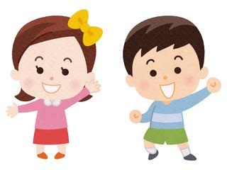 笑顔の男の子と女の子