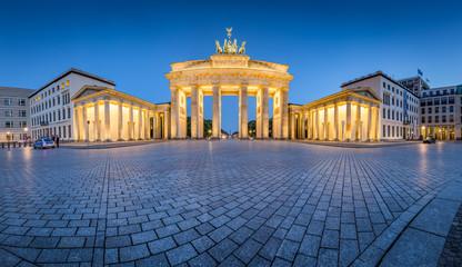 Brandenburg Gate panorama in twilight, Berlin, Germany