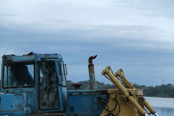 drilling dredging machine largest