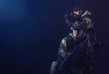 soldiers of the elite special purpose units