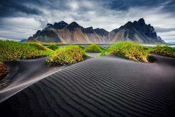 壁紙(ウォールミューラル) - Great wind rippled beach black sand. Location Vestrahorn, Iceland, Europe.