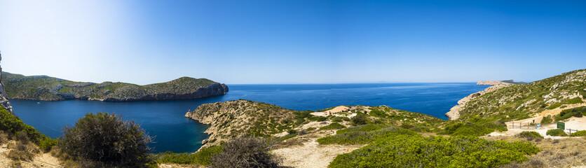 Ausblick auf Hafen von der  Burg von Cabrera aus, Colònia de Sant Jordi, Parque Nacional de Cabrera, Cabrera-Nationalpark, Cabrera-Archipel, Mallorca, Balearen, Spanien