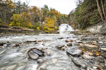 Casaca y rio en Ithaca