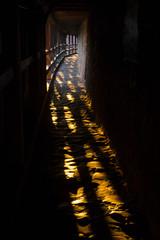 Sonnenstrahlen im Tunnel