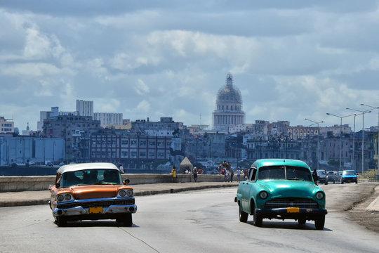 Carretera del Malecón, en la Habana Vieja