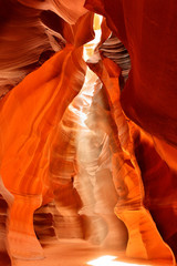 Fototapete - Upper Antelope Slot Canyon Showing the Light Beam Into the Canyon, Page, Arizona, USA.