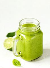 Green Spinach Avocado Smoothie