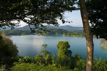 lake khao sok national park