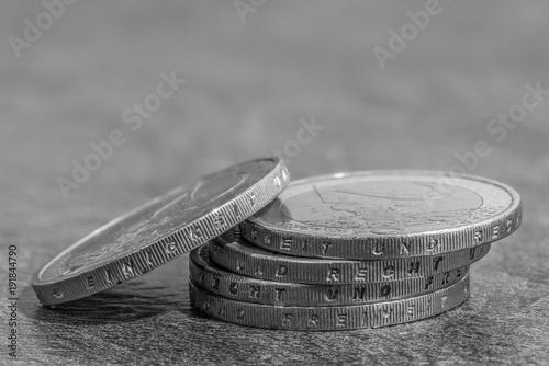 Gestapelte Euro Münzen Mit Den Deutschen Wörtern Einigkeit Und