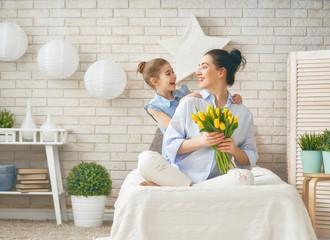 daughter congratulating mom