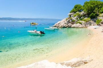 paradise beach in Brela on Makarska riviera, Dalmatia, Croatia Fototapete