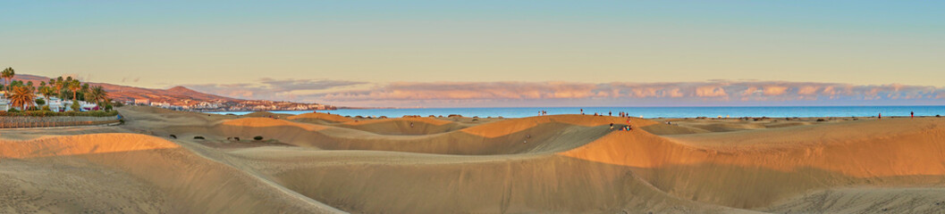 Sunset over sand dunes on Canary islands / Maspalomas - Spain