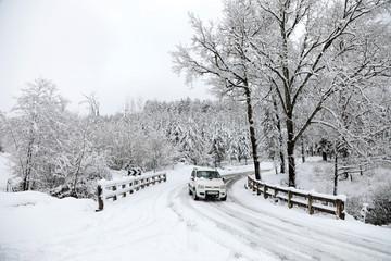 carretera nevada curva país vasco 4M0A5848-f18