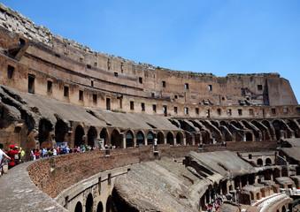イタリア ローマ コロッセオと観光客 Italy Roma Colosseo and tourist