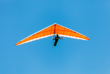 Foto op Aluminium Luchtsport Soaring hang gliding in the sky