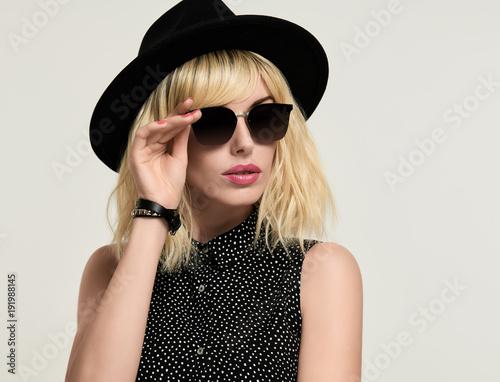 369c867c1aa9 Portrait Blonde girl in Elegant Dress and Trendy Black Hat ...