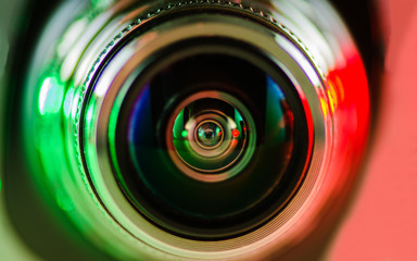 The camera lens and backlight red-green