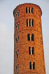 Ravenna, il campanile della chiesa di Sant'Apollinare Nuovo
