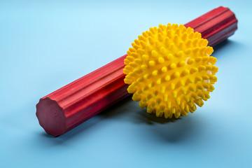 spiky self massage ball and roller bar