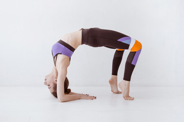 search photos backbend