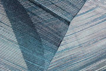 和風素材、透け感ある絹織物、布、キャンバス