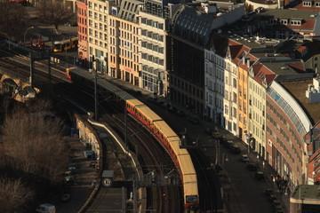 Blick zur Berliner Stadtbahntrasse am Hackeschen Markt