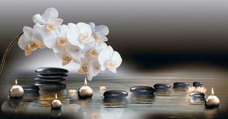 Tuinposter Orchidee Wandbild mit Orchideen, Steinen im Wasser und schwimmenden Kerzen