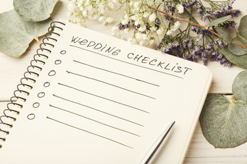 Wedding checklist and cute flowers