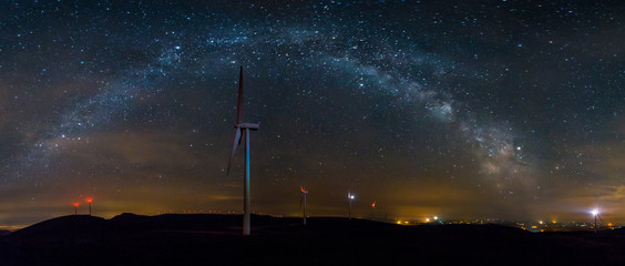 the nights of stars without clouds in summer offer the opportunity to make panoramic views of the Milky Way