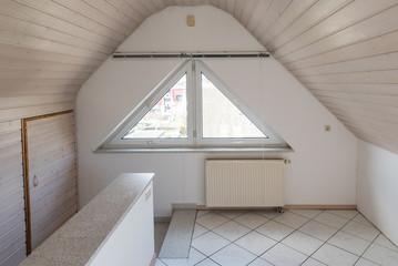 Dachwohnung Mit Schrägen