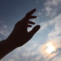 mano cielo avere fede