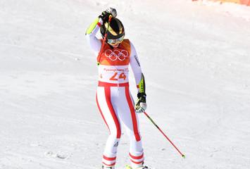 Olympics: Alpine Skiing-Ladies Giant Slalom