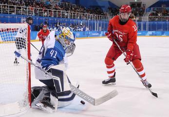 Olympics: Ice Hockey-Women Team Group A - RUS-FIN