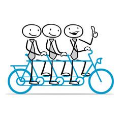 Business Team beim Fahrrad fahren auf Tandem