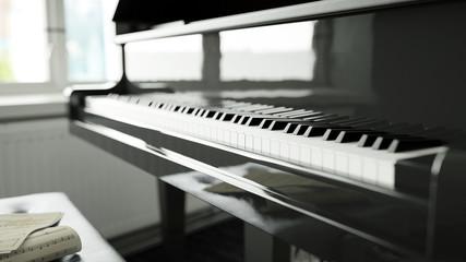 Tasten vom Klavier vor dem Klavierunterricht