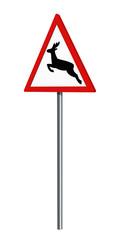Deutsches Verkehrszeichen: Wildwechsel, auf weiß isoliert, 3d render