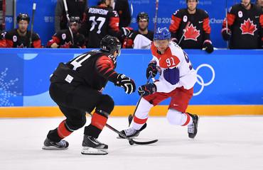 Olympics: Ice Hockey-Men Team Group A - CAN-CZE
