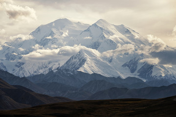 Glaciers & snow fields on Denali;  Denali National Park;  Alaska