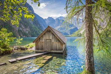 Fototapete - Lake Obersee with boat house in summer, Bavaria, Germany